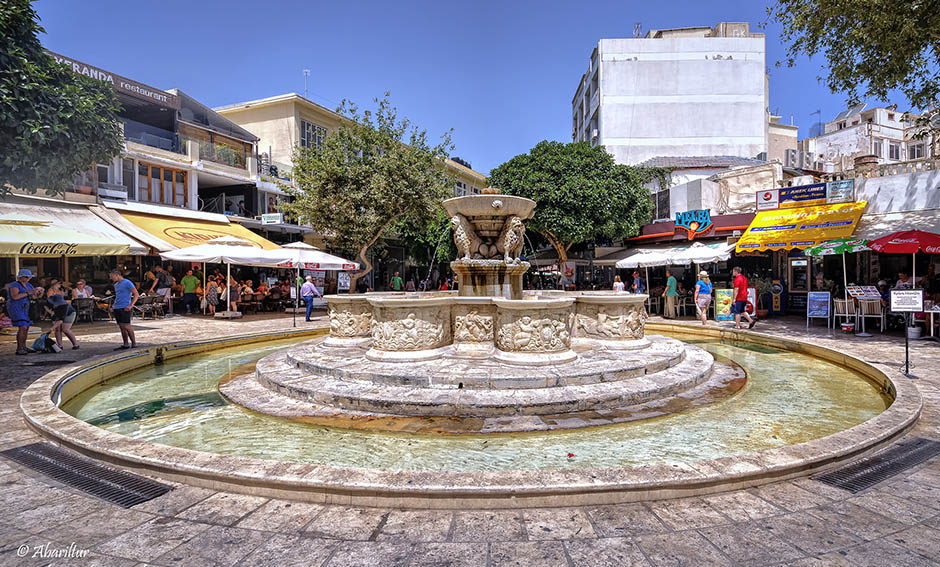 Ancient and Modern Heraklion Tour